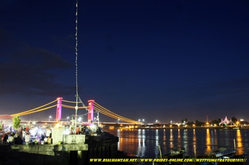 Ampera Bridge at night photo